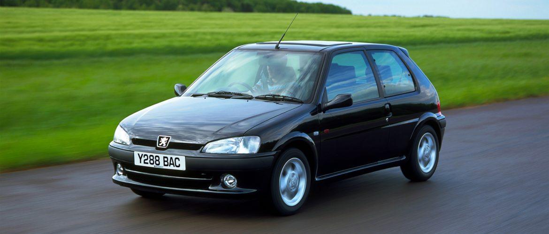Idén ünnepli harmincadik születésnapját a Peugeot 106, amely annak idején ugyanúgy magasra tette a mércét a városi autók körében, mint késői utóda, a Peugeot 208.